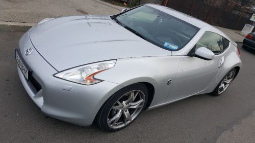 Nissan 370Z  EXTRA FULL *Ro *Navi *338 cp *Piele *An 2012 – pret 21990